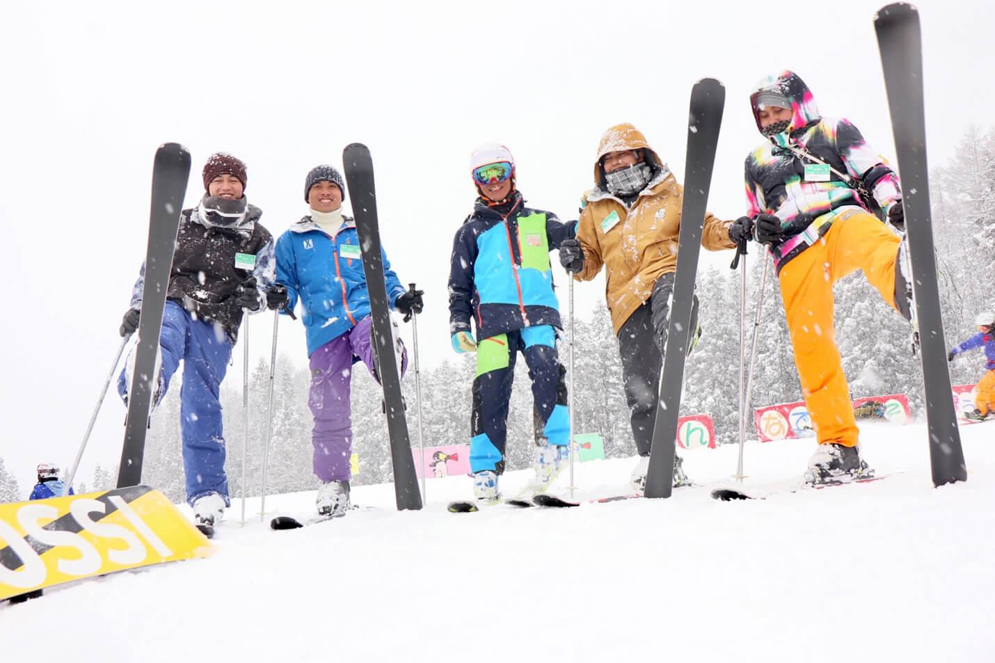 技能実習生がスキーを体験